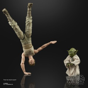 star wars the black series 6-inch luke skywalker and yoda (jedi training) deluxe figures - oop (2)-sm