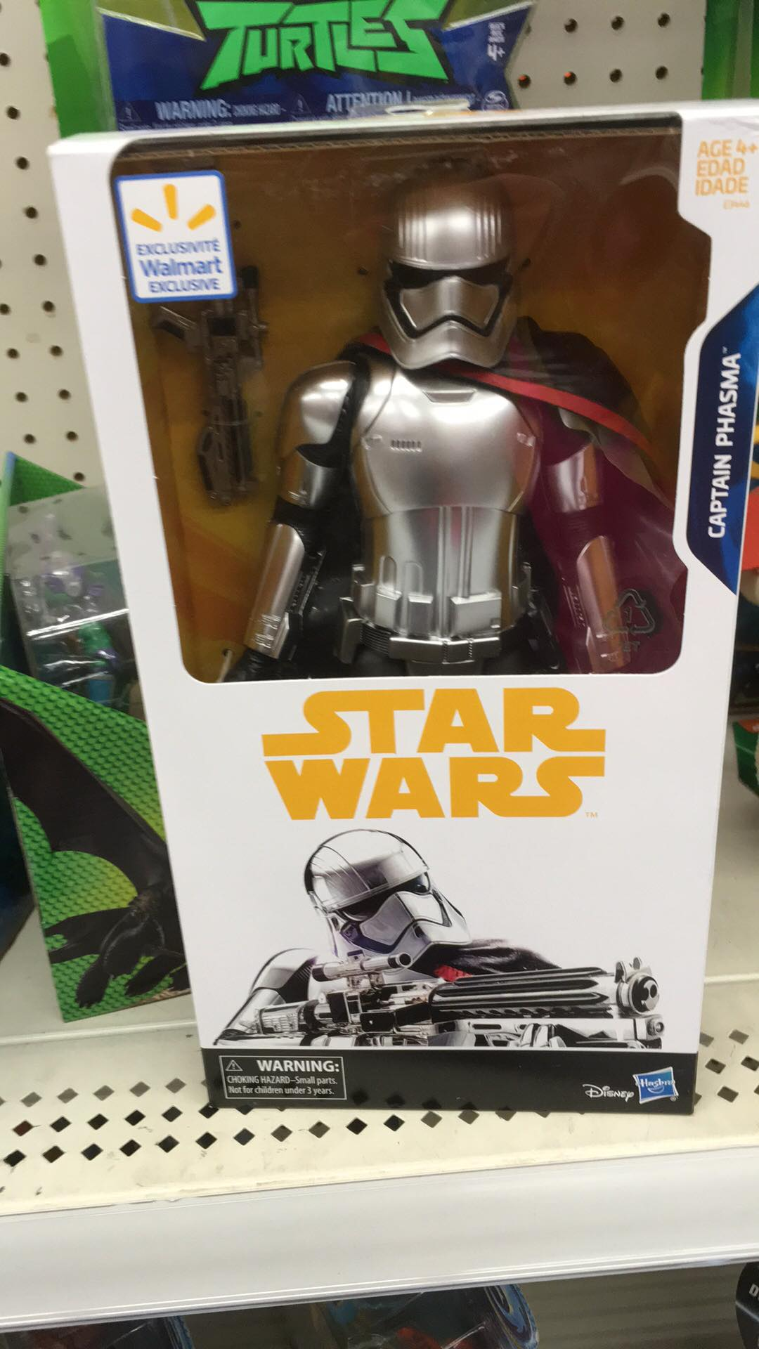Solo's 12″ Captain Phasma, She's Real!